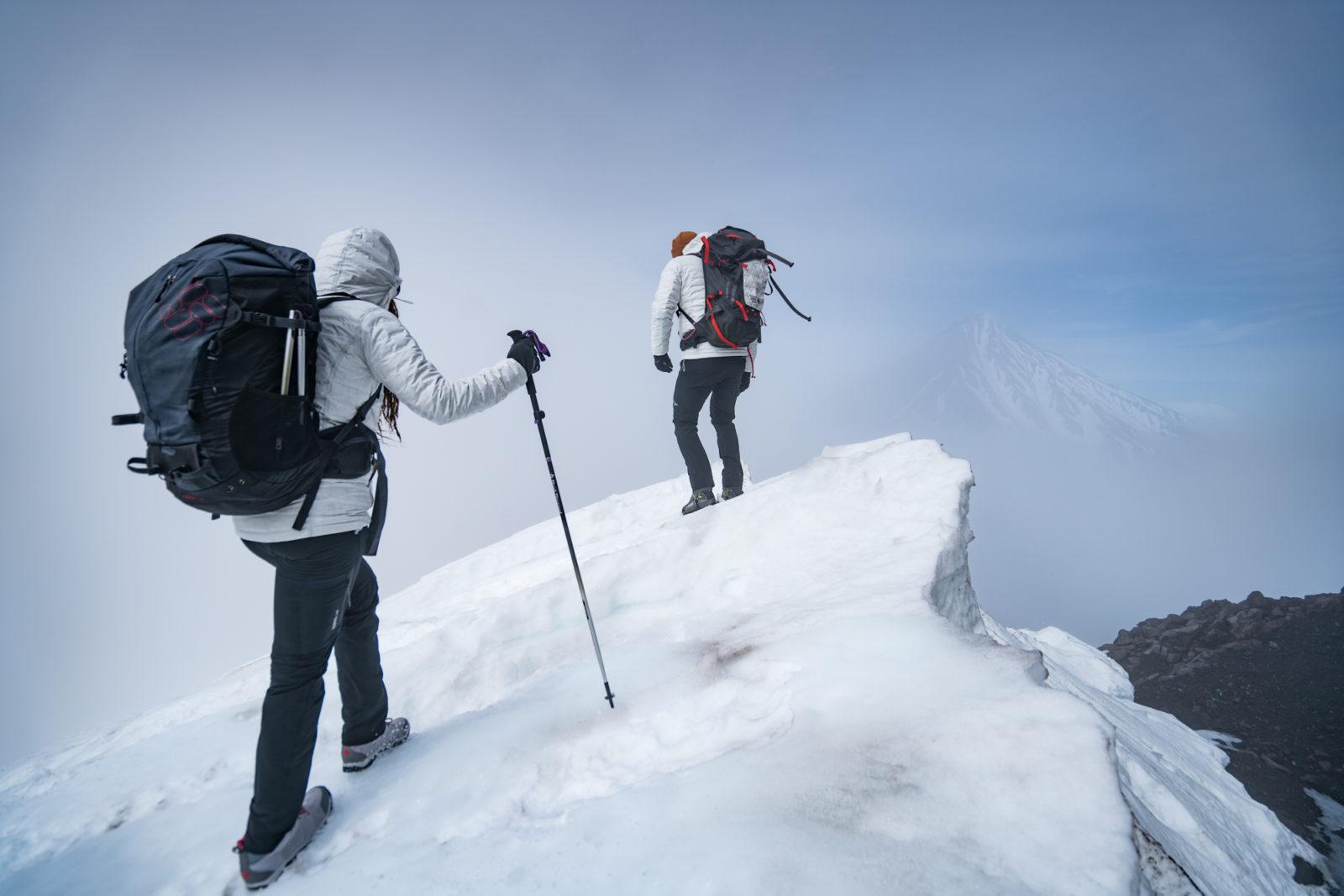 ... bei Ihren Outdoor- und täglichen Abenteuern immer warm bleiben. Finden  Sie mit der verstellbaren Taille und den Bündchen die perfekte Passform, ... 19ffa901b8